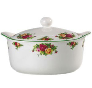 Foremost Sellers in Casserole Cookware #1 Pyrex Easy Grab 2 Quart Casserole.