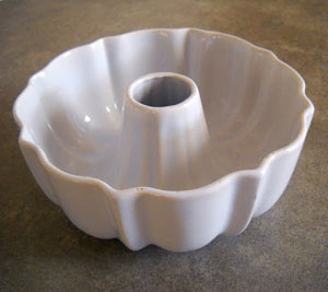 pampered chef ceramic bundt pan