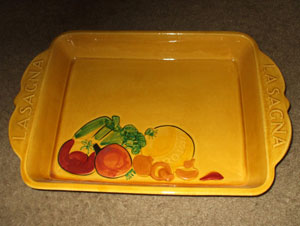 lasagna dish with lid