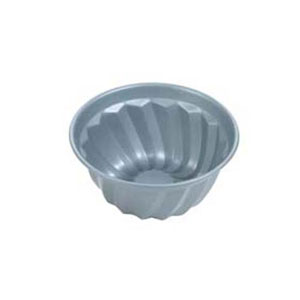 fluted bundt cake pan