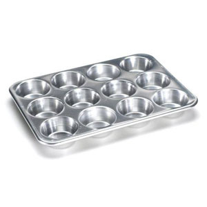 cupcake pans with lids
