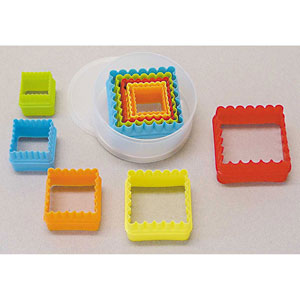square scalloped cookie cutter