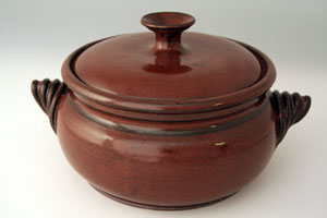 stoneware casserole with lid