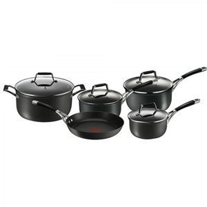 Cookware Set Tefal Scullery Apliance Essential Black 5 Pieces New Non Stick.