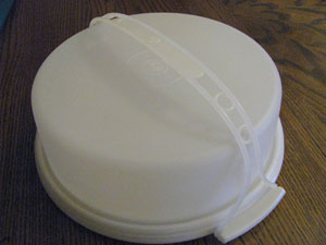 tupperware pie carrier